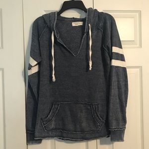 OCEAN DRIVE Women's Size Small Hooded Sweatshirt
